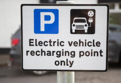 Electric vehicle charge point sign